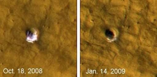 Evaporação do gelo revela a pureza do material desenterrado pelo impacto do meteorito.